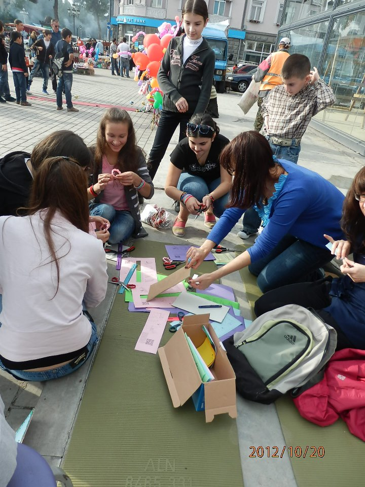 Rustavi, October 22, 2012-Making Origami Bracelets in Meria Square